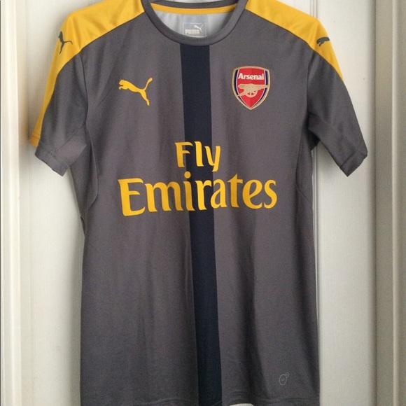 sale retailer c1d07 c0e57 NWOT Puma Arsenal Soccer Jersey Gray/Yellow Small